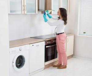 Rengjøring av kjøkkenvifte